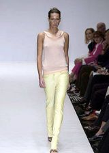Krizia Spring 2004 Ready-to-Wear Collections 0003