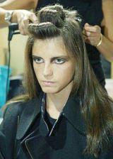 Fendi Spring 2004 Ready&#45&#x3B;to&#45&#x3B;Wear Backstage 0002