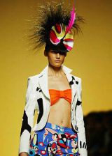 Pucci Spring 2004 Ready-to-Wear Detail 0003