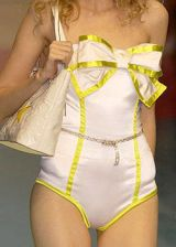 Laura Biagiotti Spring 2004 Ready-to-Wear Detail 0003