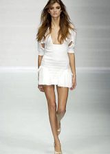 Byblos Spring 2004 Ready-to-Wear Collections 0003