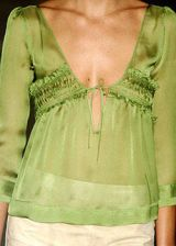 Alberta Ferretti Spring 2004 Ready-to-Wear Detail 0002