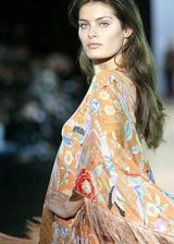 Missoni Retrospective Spring 2004 Ready-to-Wear Detail 0003