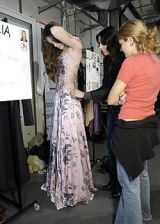 Strenesse Gabriele Strehle Spring 2004 Ready-to-Wear Backstage 0002