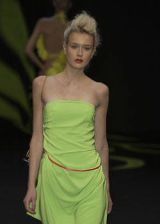 Stella Cadente Spring 2004 Ready-to-Wear Detail 0003