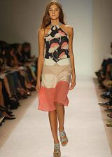BCBG Spring 2004 Ready-to-Wear Collections 0002