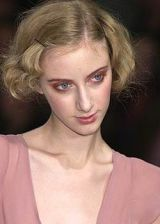 Collette Dinnigan Spring 2004 Ready-to-Wear Detail 0002
