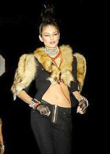 Betsey Johnson Fall 2004 Ready-to-Wear Collections 0003