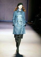 Nicole Farhi Fall 2004 Ready-to-Wear Collections 0003