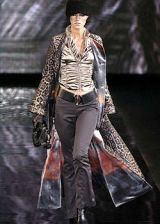 Giorgio Armani Fall 2004 Ready-to-Wear Collections 0002