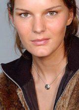 Chloe Fall 2004 Ready-to-Wear Backstage 0002