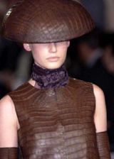 Ralph Rucci Fall 2004 Haute Couture Detail 0002