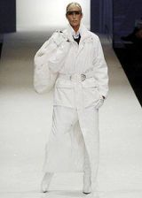 Lagerfeld Gallery Fall 2004 Ready-to-Wear Collections 0002