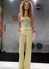 Perry Ellis Spring 2005 Ready-to-Wear Collections 0002