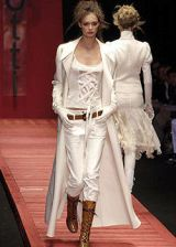 Laura Biagiotti Fall 2004 Ready-to-Wear Collections 0003
