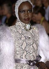 Valentino Fall 2004 Haute Couture Detail 0002