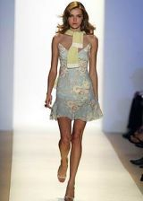 Monique Lhuillier Spring 2005 Ready-to-Wear Collections 0003