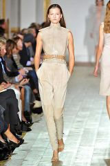Julien Macdonald Spring 2009 Ready-to-wear Collections - 002