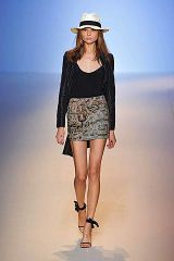 Emanuel Ungaro Spring 2009 Ready-to-wear Collections - 003