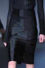 Sleeve, Human leg, Shoulder, Joint, White, Style, Dress, Thigh, Fashion, Black,