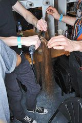 Finger, Product, Hand, Wrist, Denim, Nail, Thumb, Artificial hair integrations, Cable, Service,