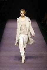 White, Standing, Style, Collar, Formal wear, Blazer, Fashion, Fashion model, Black, Fashion show,