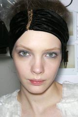 Lip, Cheek, Brown, Hairstyle, Chin, Forehead, Eyebrow, Photograph, White, Eyelash,