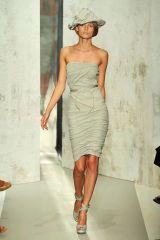 Leg, Human leg, Dress, Shoulder, Joint, Standing, Hat, One-piece garment, Style, Waist,