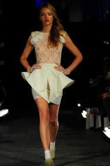 Brown, Human leg, Shoulder, Fashion show, Joint, White, Style, Fashion model, Dress, Formal wear,