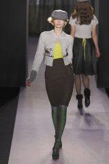 Leg, Sleeve, Human body, Shoulder, Standing, Joint, Human leg, Fashion show, Runway, Style,