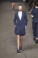 Clothing, Leg, Collar, Sleeve, Human leg, Shoulder, Standing, Photograph, Joint, Outerwear,