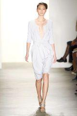 Clothing, Leg, Shoulder, Human leg, Joint, Dress, White, Standing, Style, Formal wear,