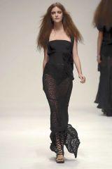 Leg, Human body, Shoulder, Joint, Dress, Style, Fashion model, Waist, Fashion show, Beauty,