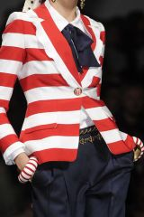Collar, Sleeve, Textile, Fashion, Blazer, Cuff, Button, Costume, Top, Fashion design,
