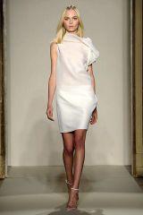 Clothing, Leg, Brown, Human leg, Shoulder, Textile, Dress, Photograph, Joint, White,