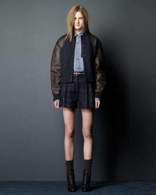 Clothing, Footwear, Leg, Sleeve, Human body, Collar, Human leg, Textile, Joint, Jacket,