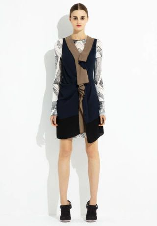 Clothing, Leg, Sleeve, Human leg, Shoulder, Joint, Standing, Dress, Formal wear, Style,