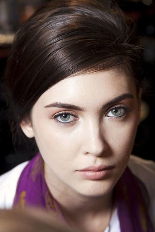 ERMANNO SCERVINO FALL 2012 RTW BEAUTY 001