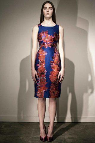 Clothing, Dress, Shoulder, Human leg, Joint, One-piece garment, Standing, Formal wear, Style, Waist,