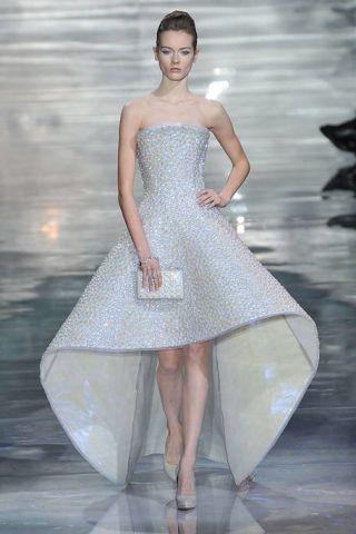 Giorgio Armani Prive Spring 2010 Couture Runway - Giorgio Armani ...