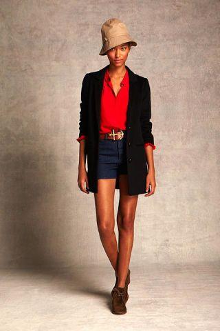 Clothing, Leg, Sleeve, Shoulder, Human leg, Hat, Textile, Joint, Outerwear, Collar,