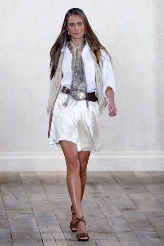 Clothing, Footwear, Sleeve, Shoulder, Human leg, Dress, Joint, White, Floor, Style,