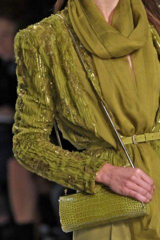 Sleeve, Collar, Textile, Jacket, Wrap, Fashion, Street fashion, Stole, Beige, Shawl,