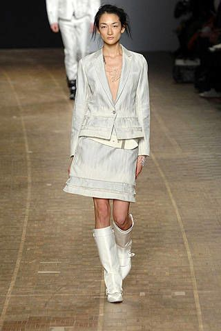 Issey Miyake Fall 2008 Ready-to-wear Collections - 002