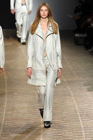 Issey Miyake Fall 2008 Ready-to-wear Collections - 003