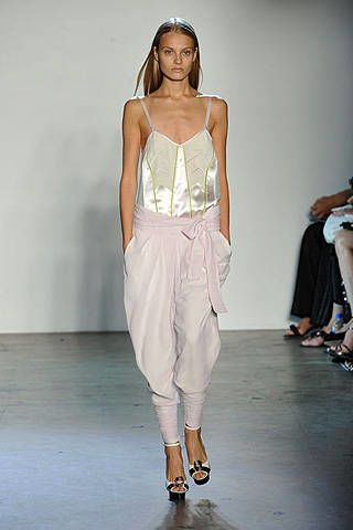 Phi Spring 2009 Ready-to-wear Collections - 002