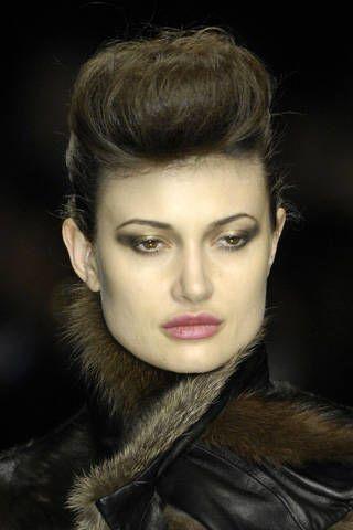 Hair, Face, Head, Ear, Lip, Hairstyle, Eye, Chin, Forehead, Eyebrow,