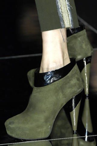 Product, High heels, Joint, Fashion, Black, Beige, Sandal, Basic pump, Tan, Leather,