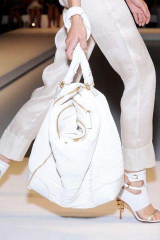 Product, Brown, Textile, White, Style, Bag, Fashion, Shoulder bag, Tan, Street fashion,