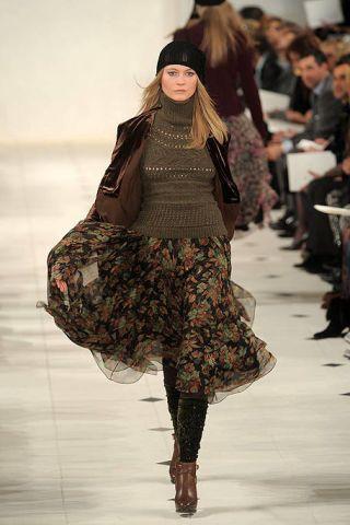 Clothing, Human, Leg, Brown, Sleeve, Human body, Fashion show, Shoulder, Textile, Joint,